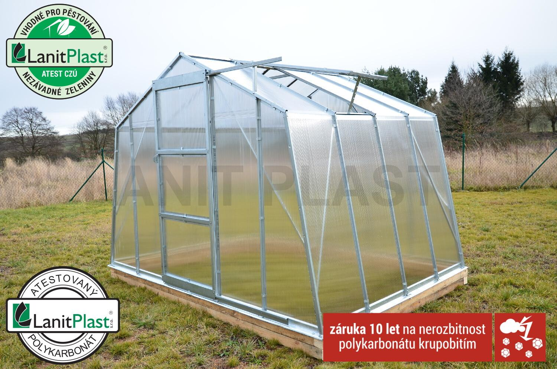 skleník LANITPLAST VITRUM PROFI 6300 PC 4 mm, postavený z výstavy
