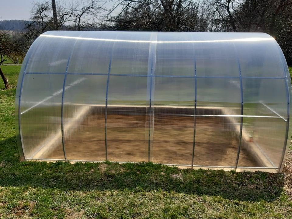 skleník LANITPLAST VOLHA 3,3x4 m PC 4 mm