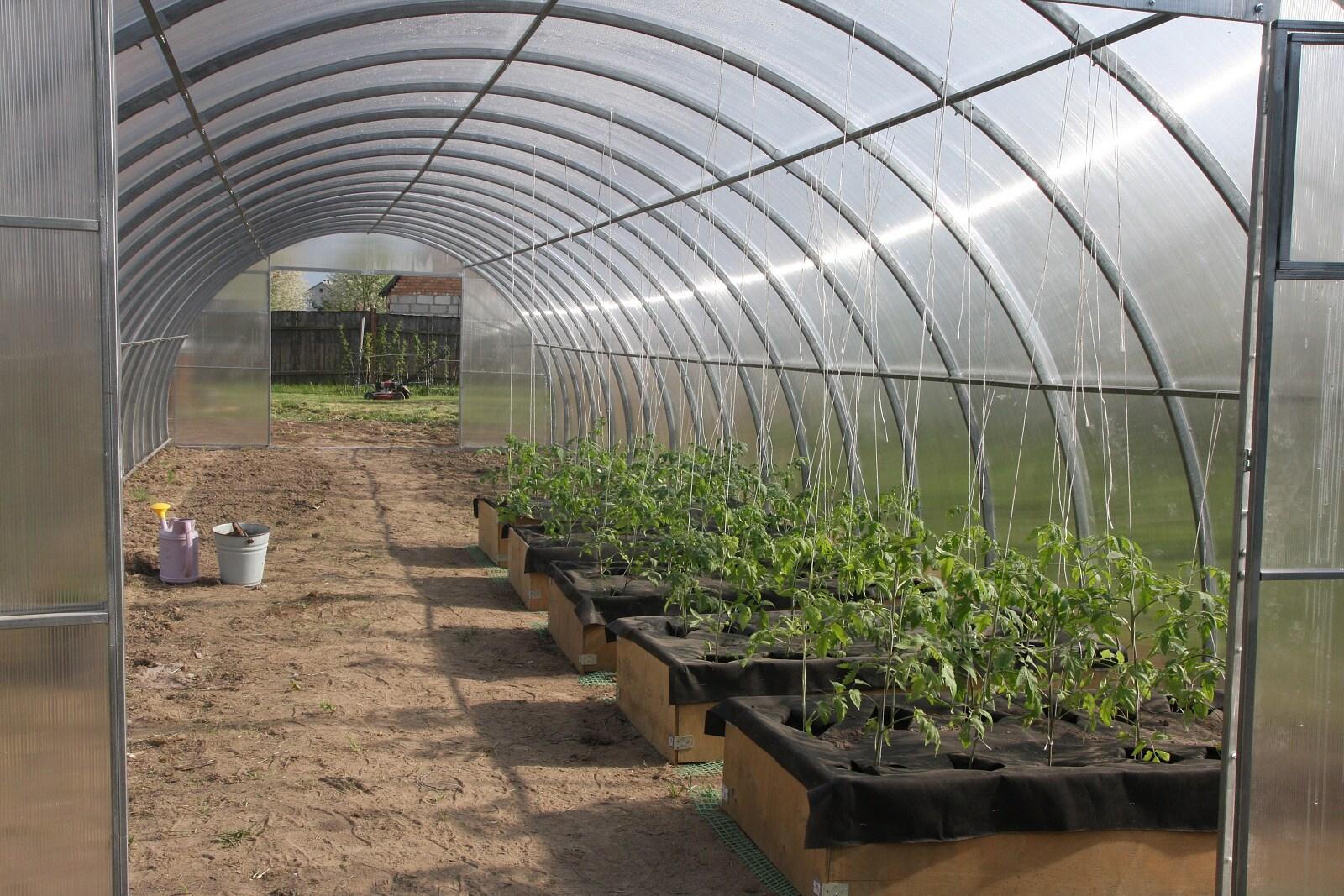 skleník LANITPLAST URAL 4x8 m PC 10 mm