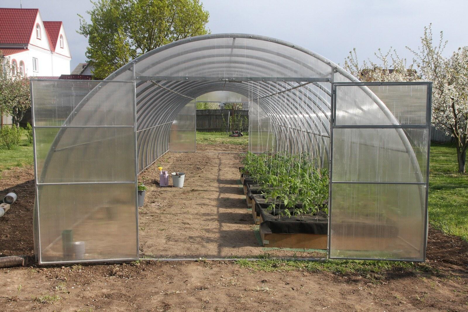 skleník LANITPLAST URAL 4x12 m PC 8 mm