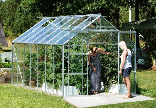 skleník VITAVIA URANUS 11500 čiré sklo 3 mm stříbrný